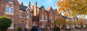 Trường trung học MPW (London, Cambridge và Birmingham) Anh Quốc